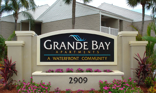 Grande Bay   apartments in Clearwater  FL. Bay   apartments in Clearwater  FL