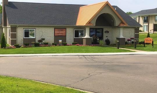 Chatham Hills Apartments In Farmington Michigan