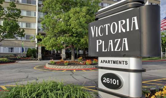 Victoria Plaza - apartments in North Olmsted, OH